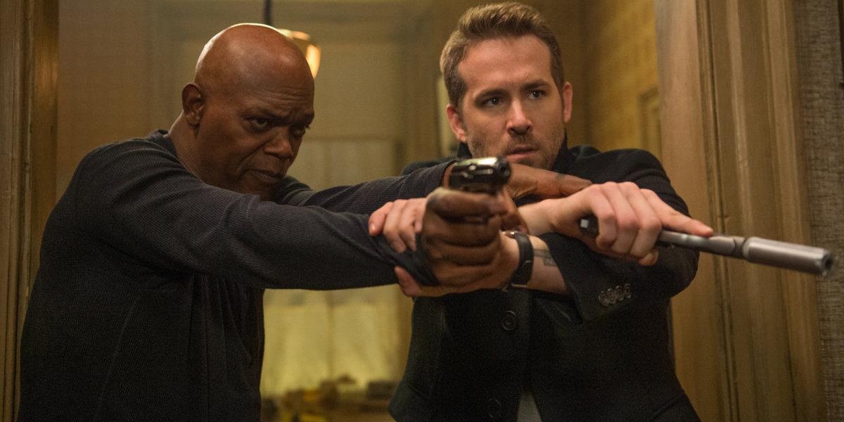 """Dupla: Ryan Reynolds e Samuel L. Jackson fazem """"estragos"""" nas bilheteiras americanas"""