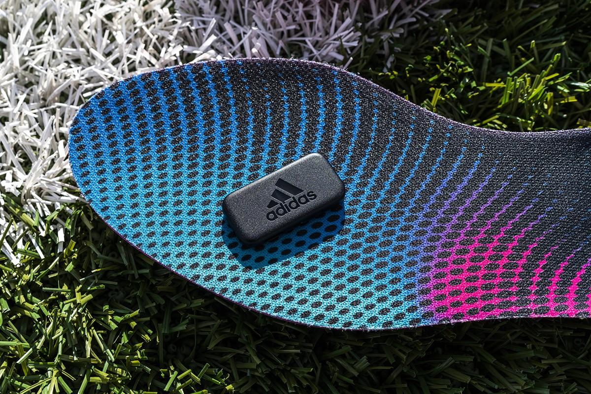 Google, Adidas e EA criam par de palmilhas conectadas para