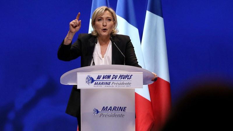 Marine Le Pen defende em Nantes um Estado contra imigração, a globalização e a União Europeia