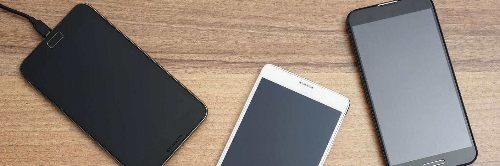 4 smartphones com funções de powerbank