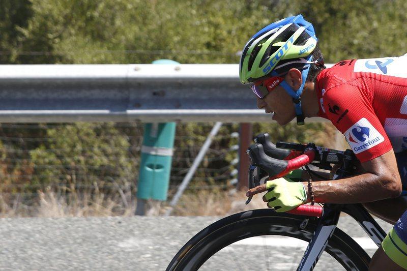 Esteban Chave é o novo líder da Volta a Itália