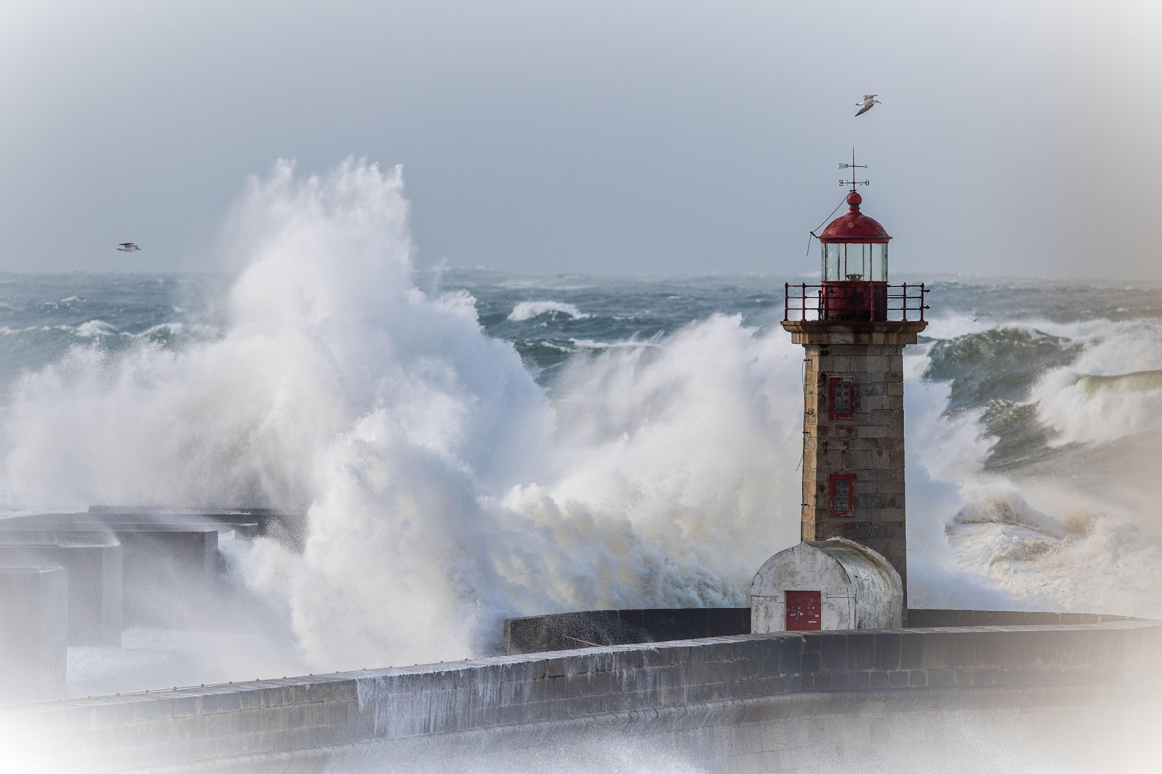 IPMA coloca sob aviso laranja seis distritos devido à forte agitação marítima