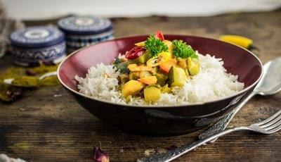 Caril rápido de legumes