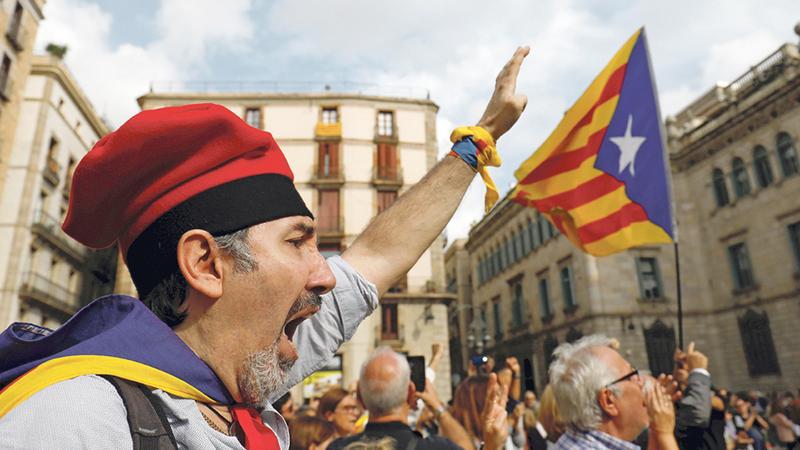 Catalunha: Detido fotojornalista do El País durante confrontos em Barcelona