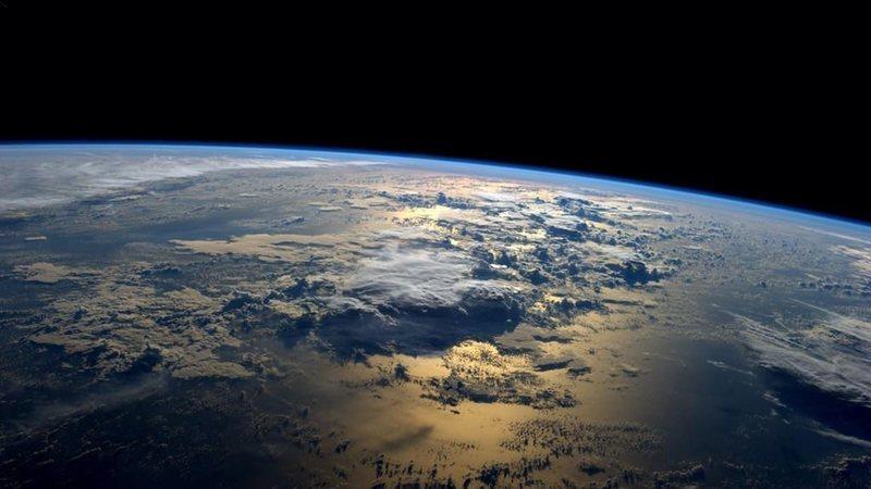 Nobel da Física diz que ser humano não está concebido para viver fora da Terra
