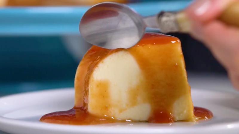 É tempo de laranjas, vamos entregá-las a estas 4 receitas de pudins, tortas e queijadas deliciosas