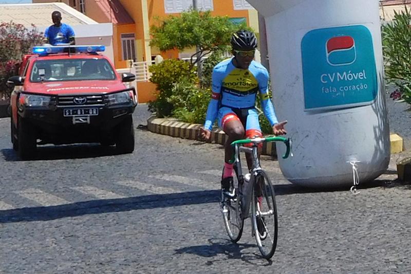 Yuram Michel de São Vicente vence prova de ciclismo