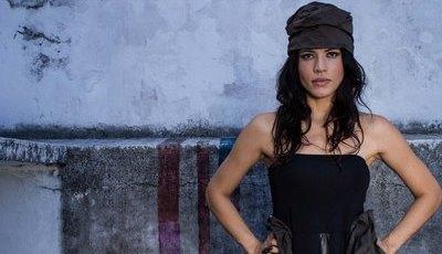 Inspirada por Lisboa e Madonna, brasileira Ive Greice atua em Portugal no Super Bock em Stock