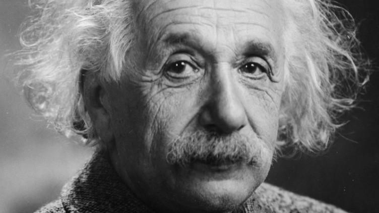 Einstein revelou como ter uma vida feliz numa gorjeta. Bilhete vai ser leiloado em Jerusalém