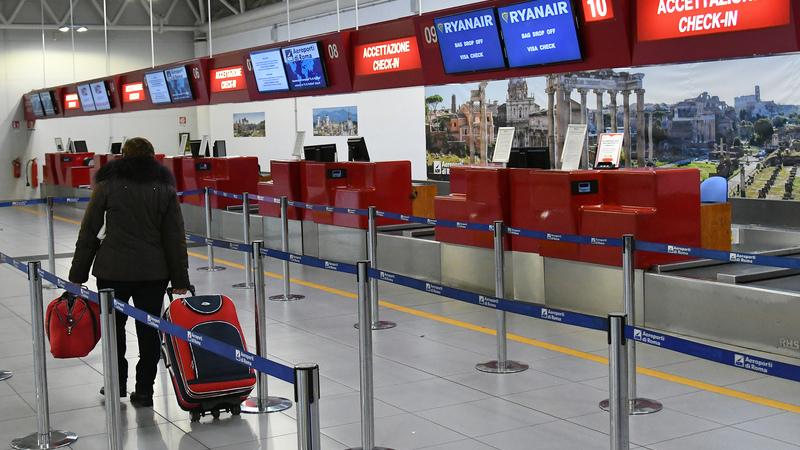 Roma: Incêndio obriga a encerrar aeroporto de Ciampino