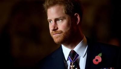 Príncipe Harry quer impedir série 'The Crown' de chegar à sua vida