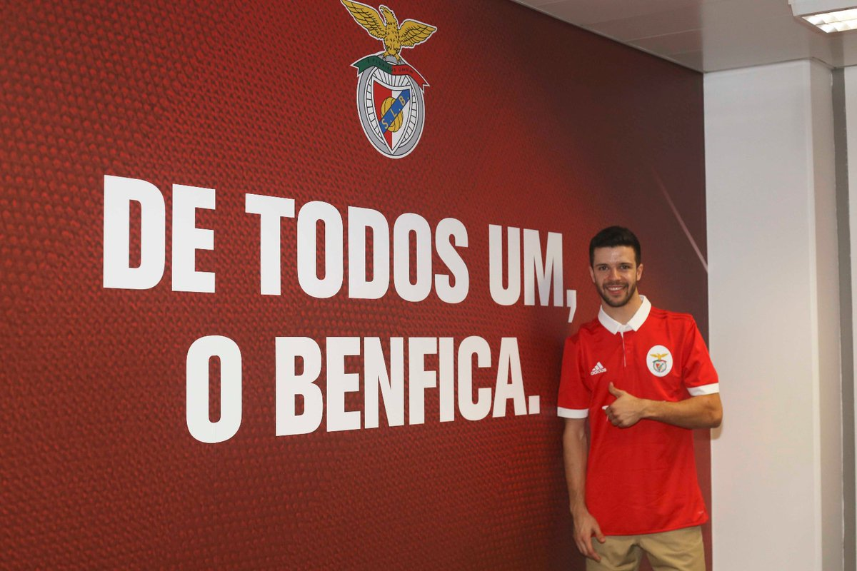 Benfica assegura contratação do hoquista Xavier Cardoso