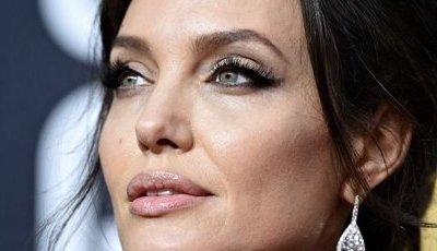 Angelina Jolie está loira. E a culpa é de um novo filme
