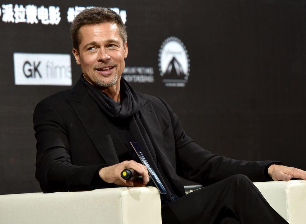 Brad Pitt vai produzir filme sobre escândalo Harvey Weinstein