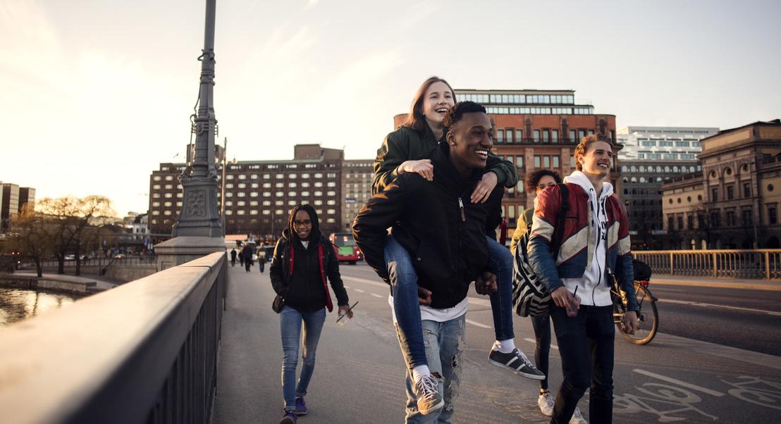 Dê corda aos sapatos: 7 cidades que valem bem a pena ser exploradas a pé