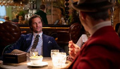 """Crítica/""""The Gentlemen - Senhores do Crime"""": Matthew McConaughey não salva teia aborrecida de Guy Ritchie"""