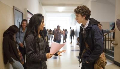 """""""Por Treze Razões"""": Escolas norte-americanas enviam avisos sobre a série aos pais"""