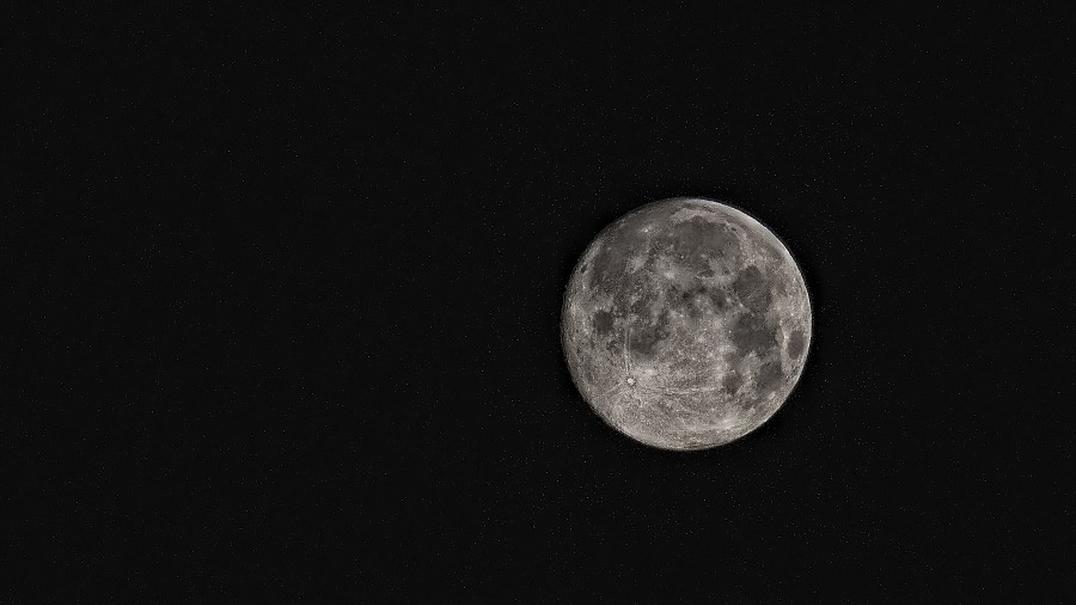 Nascem mais bebés na Lua Cheia e na Lua Nova?
