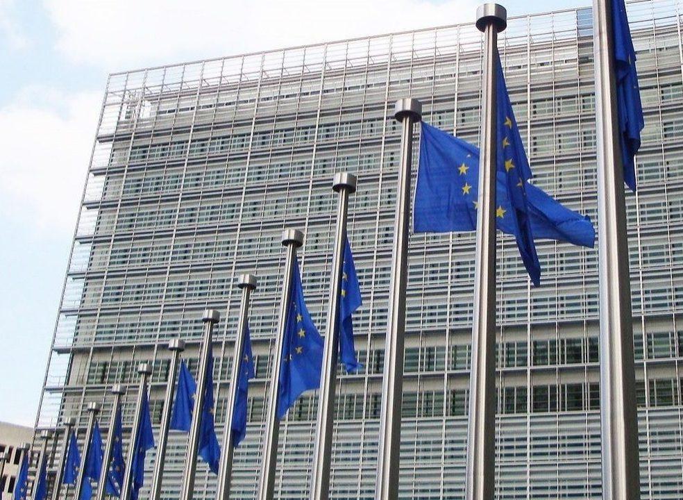 Bruxelas quer aumentar investimento na inteligência artificial em 20 mil milhões até 2020