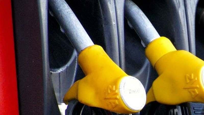 Ainda não abasteceu? Espere por amanhã: preços da gasolina e do gasóleo descem