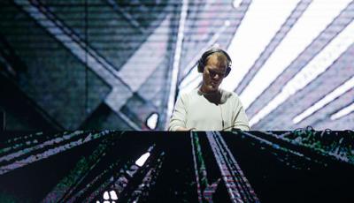 Vendas de canções Avicii sobem 6000% depois da morte do DJ