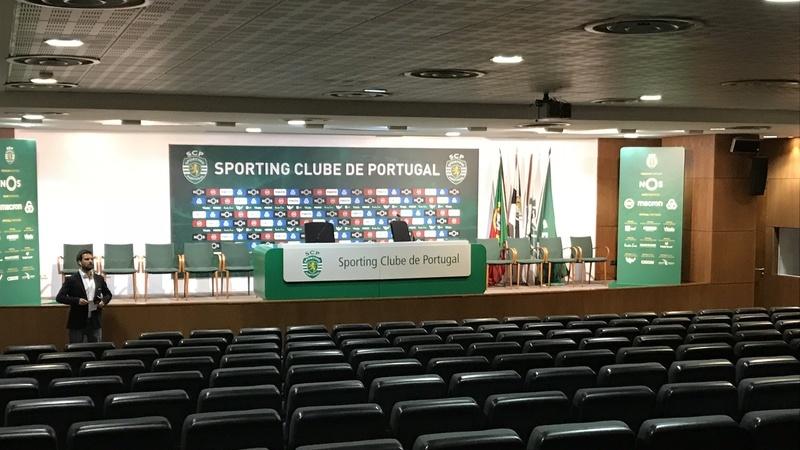 """Contra cânticos """"Alcochete sempre"""". Sporting repudia """"ataque"""" à equipa de futebol nos Açores"""