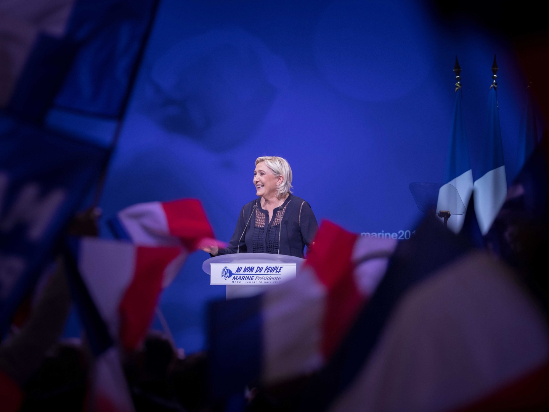 """Le Pen: Macron é """"fraco"""" na luta contra o terrorismo islâmico"""