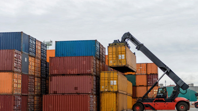 Comércio internacional contribui para um aumento do défice em sete milhões