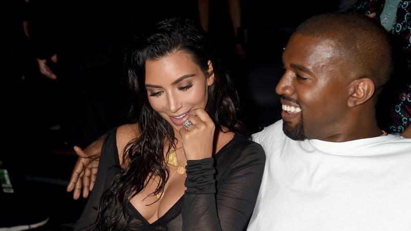Kim Kardashian pondera ter mais um filho