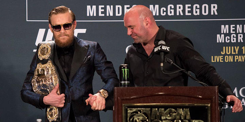 Conor McGregor perde título de campeão de pesos-leves do UFC