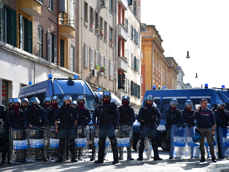 Milhares a favor e contra. O futuro da União Europeia também se discute nas ruas de Roma