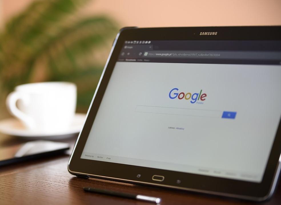 Google (também) admite que funcionários ouvem conversas dos utilizadores