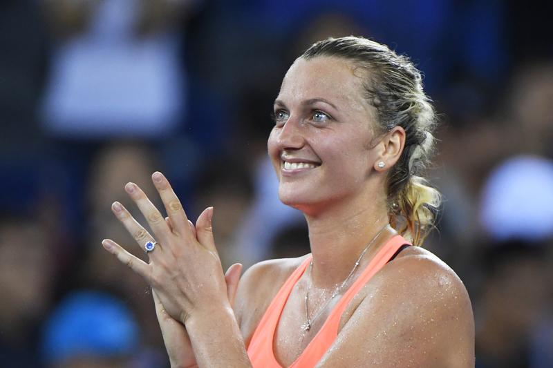 Petra Kvitova completa regresso feliz com título em Birmingham