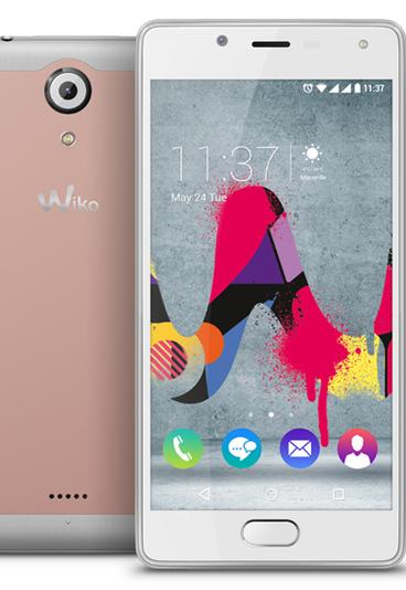 Ganhe um smartphone com um look neo-retro