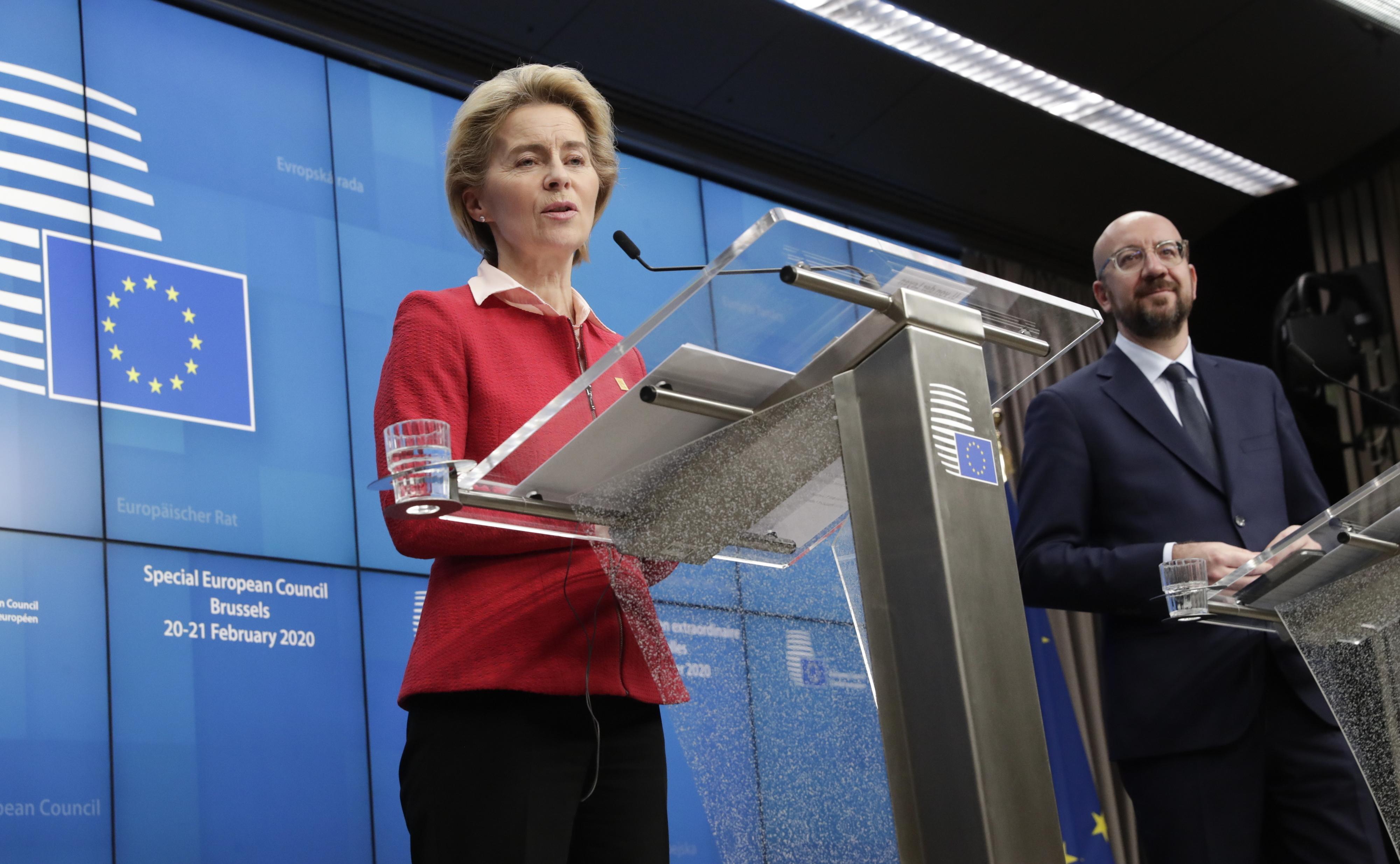 """Von der Leyen justifica falhanço das negociações sobre o orçamento com """"democracia"""""""