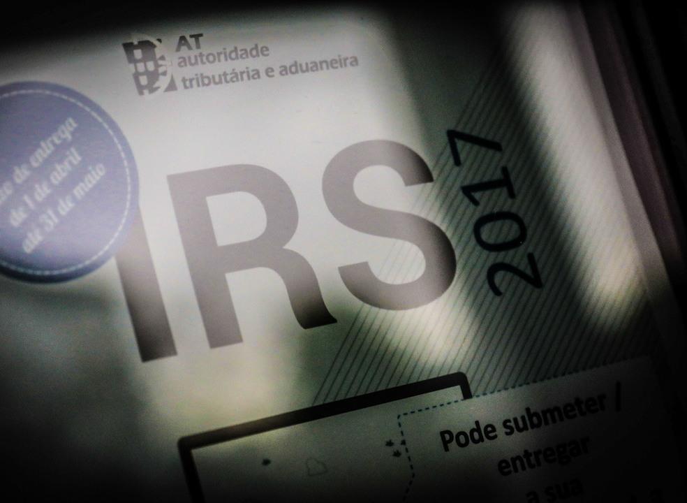 Carga fiscal de 2017 atinge 34,4% e iguala máximos de 2015