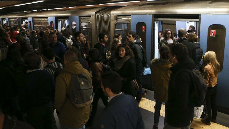 """Dívida, juros e """"aumento considerável"""" nos gastos com pessoal agravam prejuízo do Metro para 27,9 milhões"""