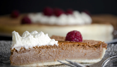 Tarte de chocolate de leite com chantilly