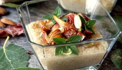 Quinoa doce com figos e amêndoas