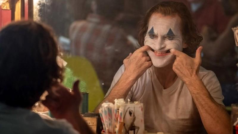 """Gary Glitter: artista condenado por pedofilia não vai receber dinheiro pela utilização de canção em """"Joker"""""""