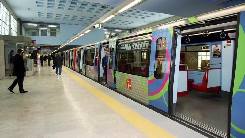Metro de Lisboa: Circulação na Linha Azul esteve interrompida devido a incêndio