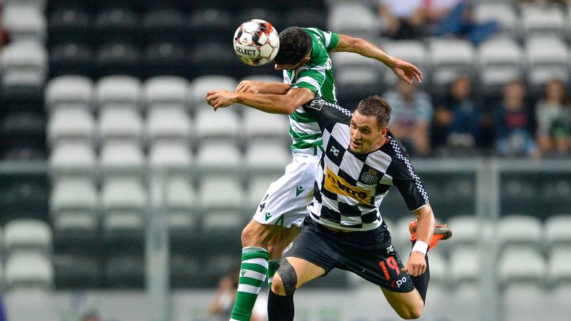Sporting 'derrapa' no Bessa na estreia de Leonel Pontes