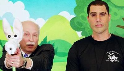 """""""Who is America?"""": nova série polémica de Sacha Baron Cohen chega a Portugal"""
