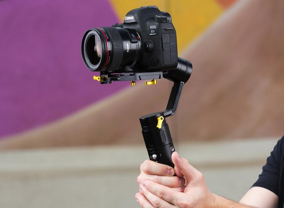 Montra TeK: Vídeos estabilizados com estes 5 gimbals para câmaras digitais