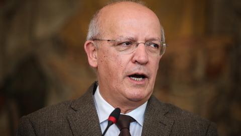 Pagamento por serviços consulares portugueses vai ser suspenso durante 90 dias