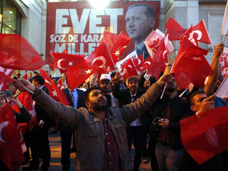 Oposição contesta referendo turco no Tribunal Europeu dos Direitos Humanos