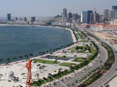 Angola. Um país em doze gráficos e outros tantos números
