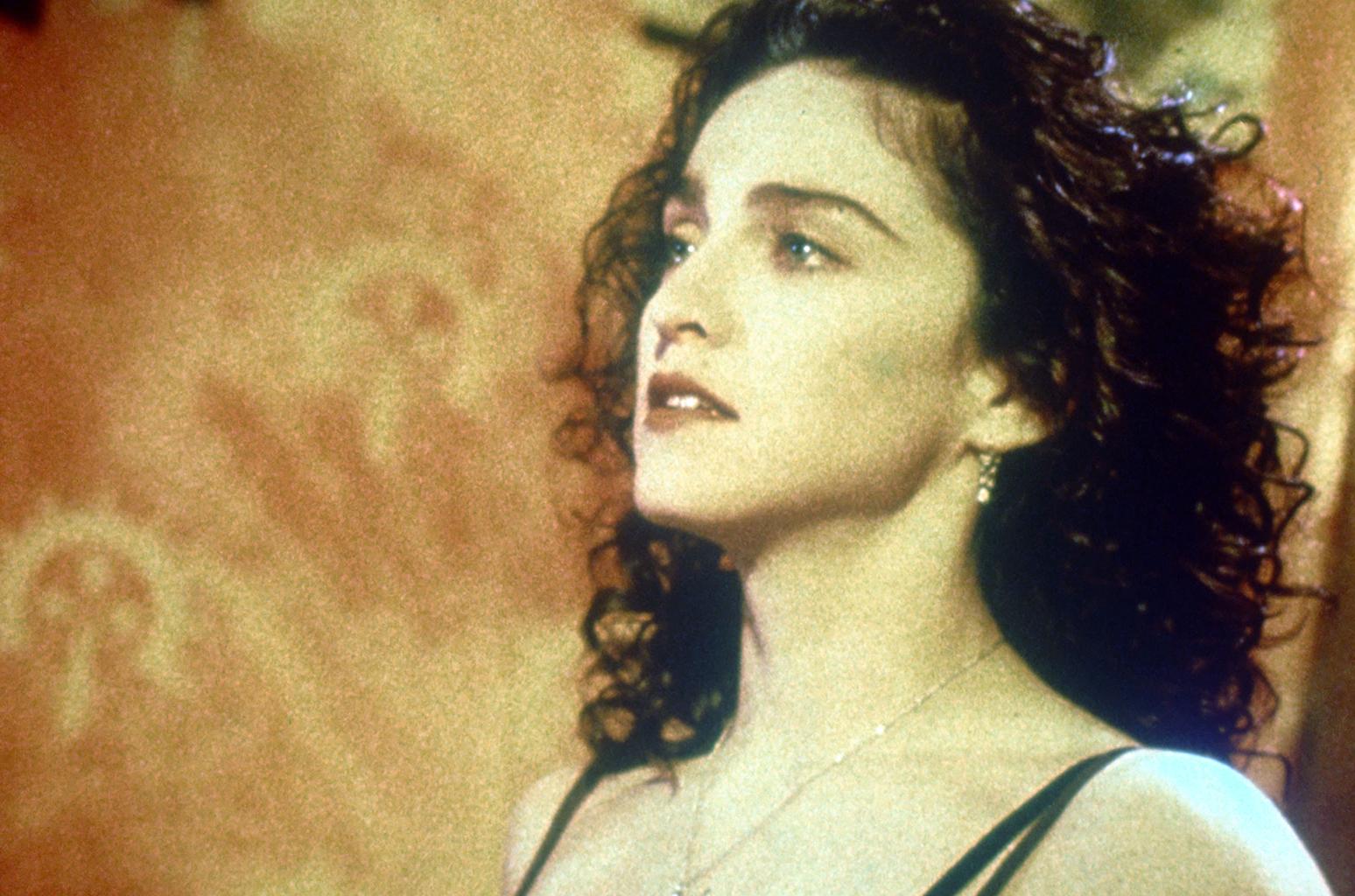 """Madonna lançou """"Like a Prayer"""" em 1989: 30 anos da 'rainha da pop' em fotos"""