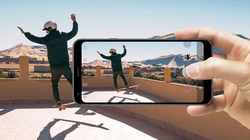 Guia de Natal TeK: 11 smartphones de gama média a ter em conta para oferta de Natal