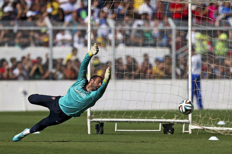 Sporting oferece contrato de três anos a Eduardo